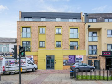 93-95 Rushey Green , Surrounding London - Lewisham / Hither Green / Catford / Bellingham